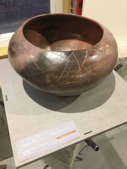 Hutchinson - Pinched pot 2 - 325$